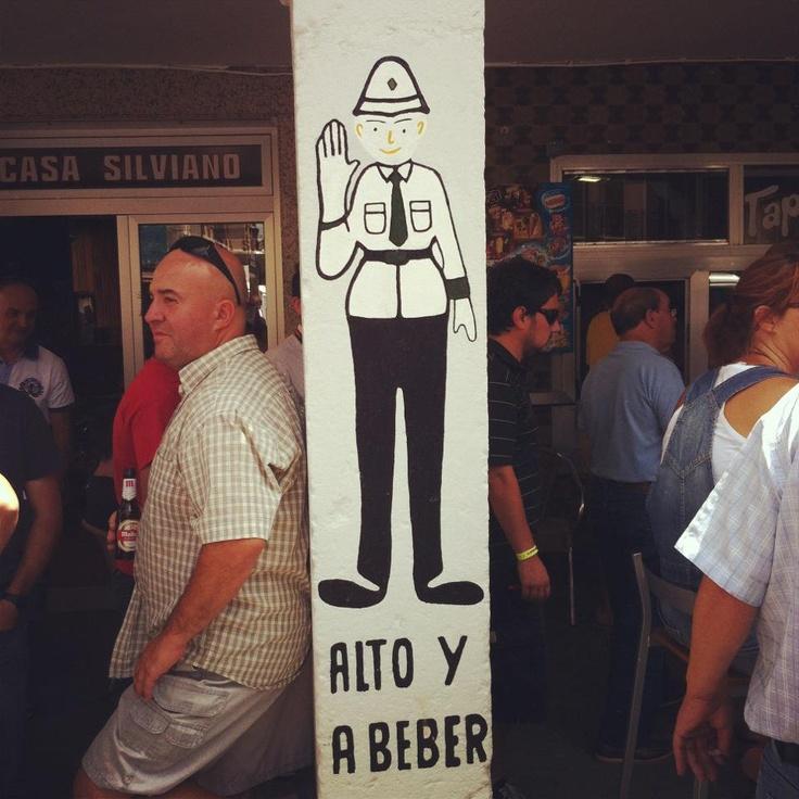 Alto y a beber. Bar silvano, Aranda de Duero.