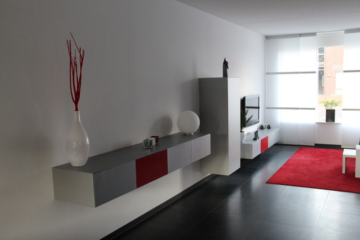 Wandkasten Woonkamer : Wandkasten van pastoe verwerkt in een woonkamer