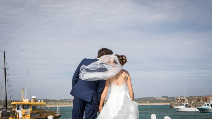 Johanna Watts Wedding Photography  Bride and Groom photography at the Beach; vail, suit, Photographer, Wedding Dress