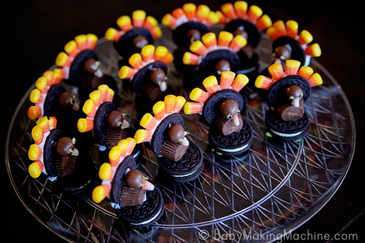 Thanksgiving Oreo Turkey Treats.