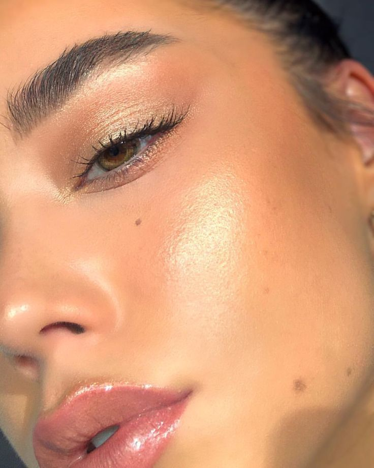 """2,120 Likes, 20 Comments - Agnes Matilda (@beautybyagnesmatilda) on Instagram: """"you might think I smudged my brow a lil at the end there but that's a vein, now you know isn't your…"""""""