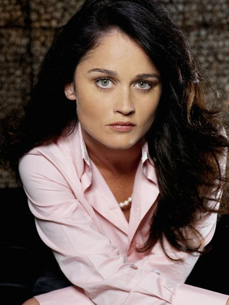 Square Shape Face - Robin Tunney