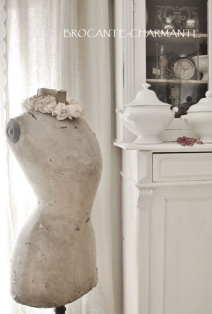 17 best images about mannequins on pinterest shabby chic. Black Bedroom Furniture Sets. Home Design Ideas