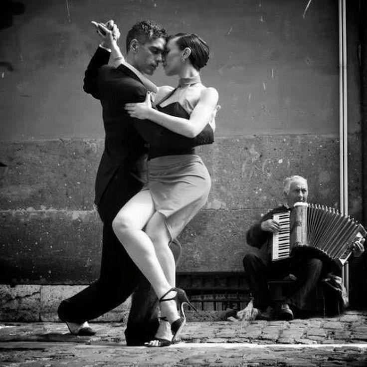Naked girls on tango 12