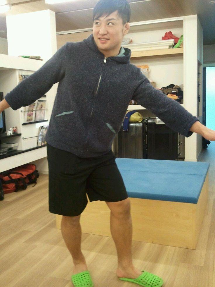 """実は最近小松さんはDDRかなり上達してるんです。""""@510njpw: 田中がダンスダンスレボリューションを一緒にプレイできる彼女を募集中だそうです。 pic.twitter.com/mnPxP1MA5L"""" https://twitter.com/njpwShowT/"""