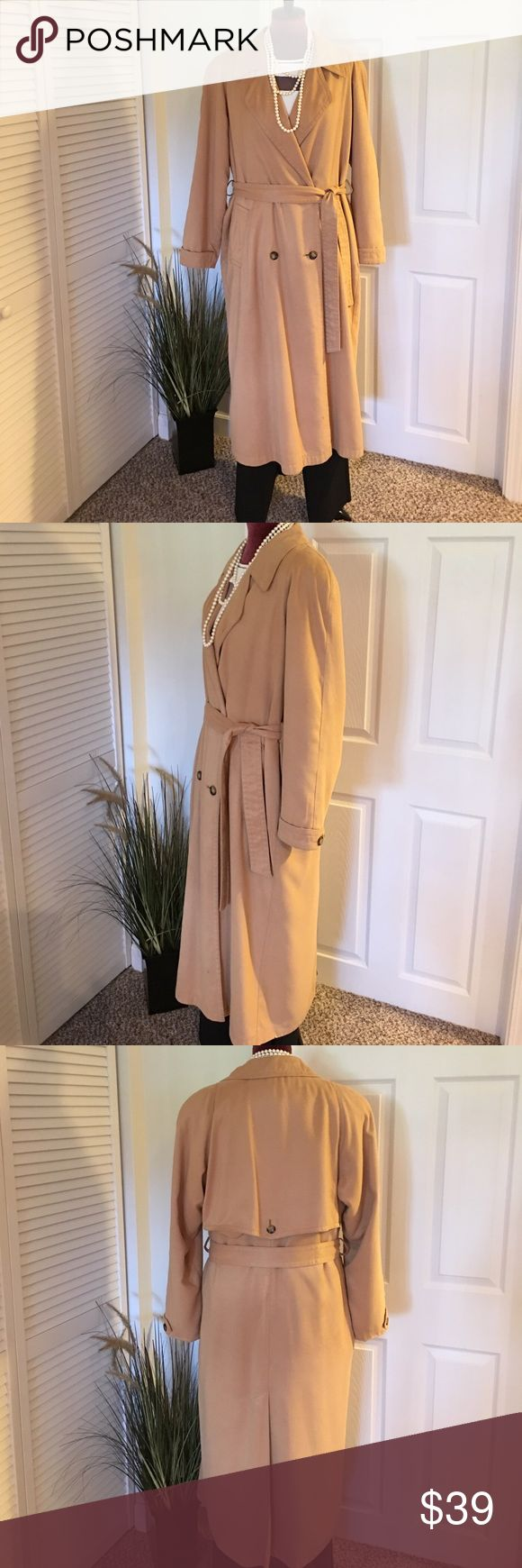 Roomy Fleet Street Ladies Full Length Dress Coat Fully Lined and Liner is Removable. Use Liner for Cold Weather Days. Front button closure with tie belt. Tag says Size 6, but will fit larger gals too. I'm a size 12 and it fits great. Very generous sizing. 2 front pockets. Good condition. A few spots from regular, gentle use. See photos. Very flattering. Has always been dry cleaned and hung in a protective bag. Ask ??'s / Make an offer / Bundle and Save 💵💵💵. Fleet Street Jackets & Coats…
