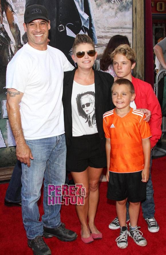 Dixie Chicks Natalie Maines Files For Divorce From Adrian Pasdar After 17 Years Of Marriage #Paparazzi