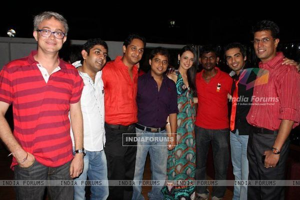 Sanaya Irani and Mohit Sehgal with their friends
