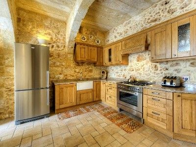 Beautifully Converted Five Bedroom House Of Character With Pool Ghajnsielem Malta