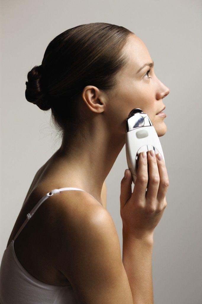 Facile e veloce in soli 5 minuti il vostro viso risulterà pulito, luminoso, liscio, tonico e bello!!!