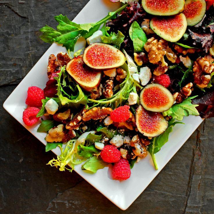 Black Mission Fig and Roasted Rosemary Walnut Summer Salad