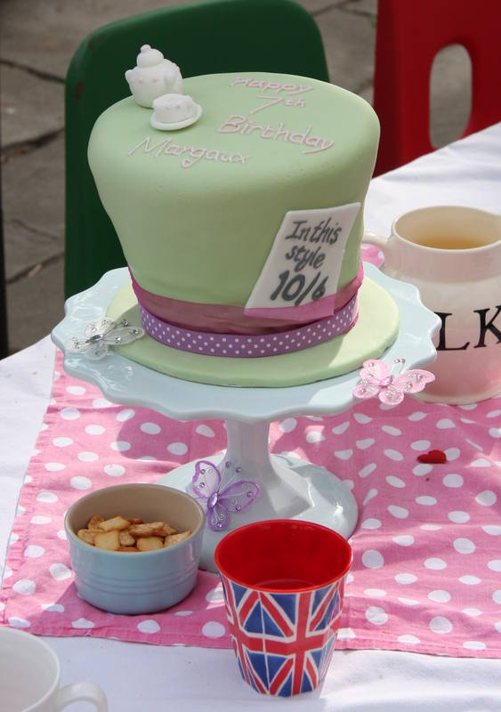 437 Best Sweet Sixteen Mad Hatter Tea Party Images On Pinterest