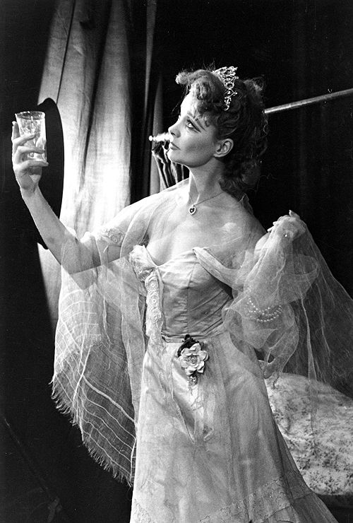 Vivien Leigh appearing in A Streetcar Named Desire in London, 1949 (theater)