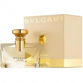 Parfum de dama Bvlgari Bvlgari Pour Femme EDP 50ml - pret mic pentru calitate garantata!   Producatorul italian de bijuterii de lux Bvlgari a lansat, in anul 1994, o adevarata bijuterie de parfum.  Acest parfum este Bvlgari Pour Femme. In anul 2006, parfumul a fost relansat, fiind reprezentat de fotomodelul britanic Kate Moss #bulgariperfume #parfum #parfumbulgari #parfumfemei