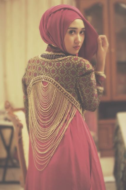 The Merchant Daughter Dian Pelangi Ornate Cropped Jacket