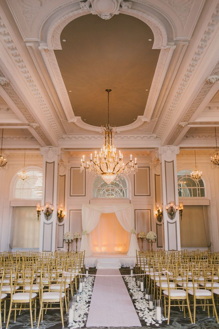 Sophisticated Atlanta Wedding at the Georgian Terrace Hotel