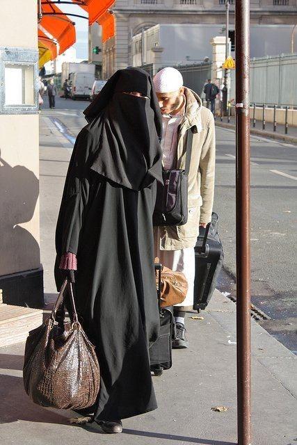Wear hijab properly lyk this