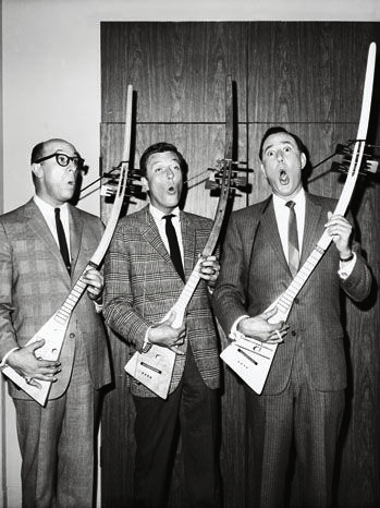 Richard Deacon, Dick Van Dyke & Carl Reiner. I'm not entirely sure of what's happening here, but I do know I like it.