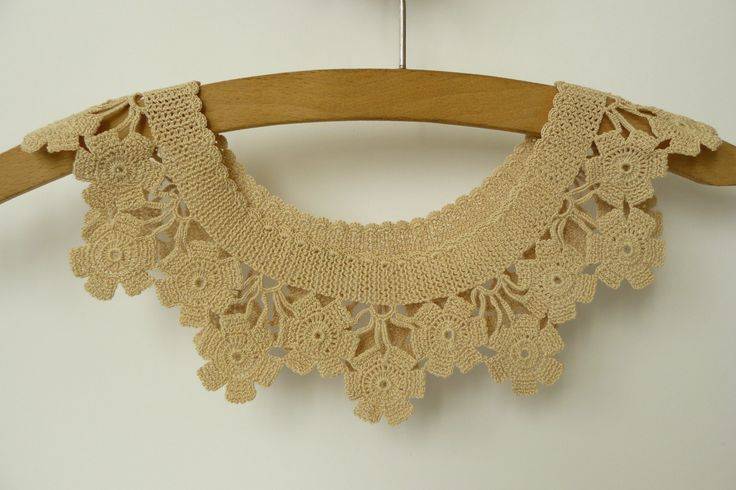 Vintage Crochet Collar with Flowers  in Beige