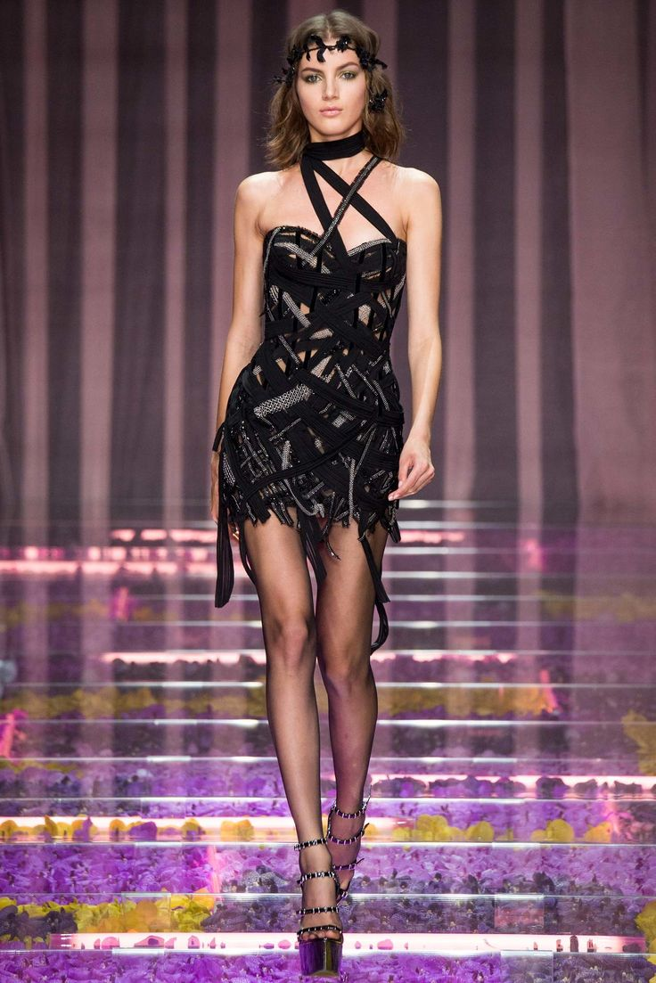 outlet asics orlando Atelier Versace Fall 2015 Couture Collection Photos   Vogue