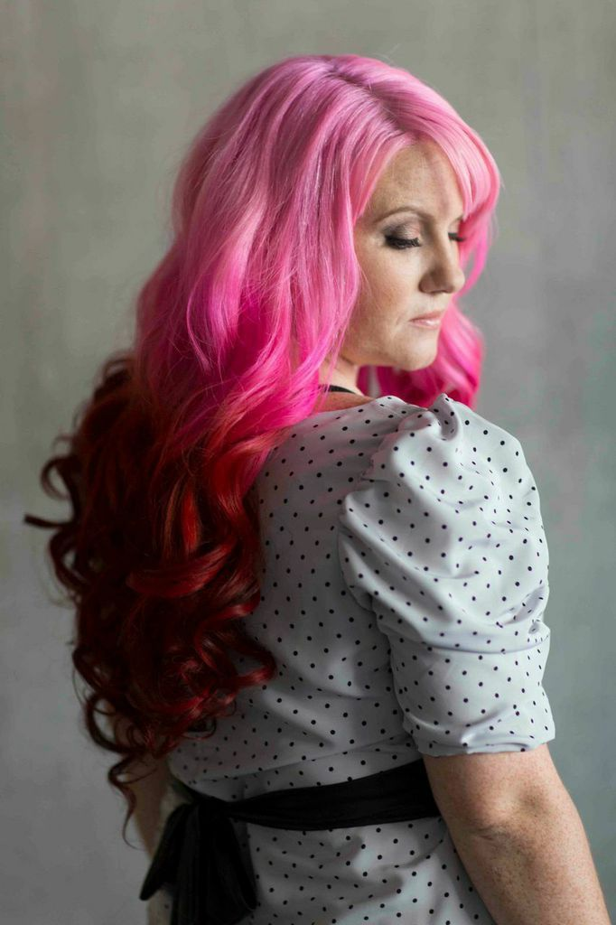 hair, ombre, professional, office, IT, tech, training, trainer, computers, head shot, funky, hair colour, dye job