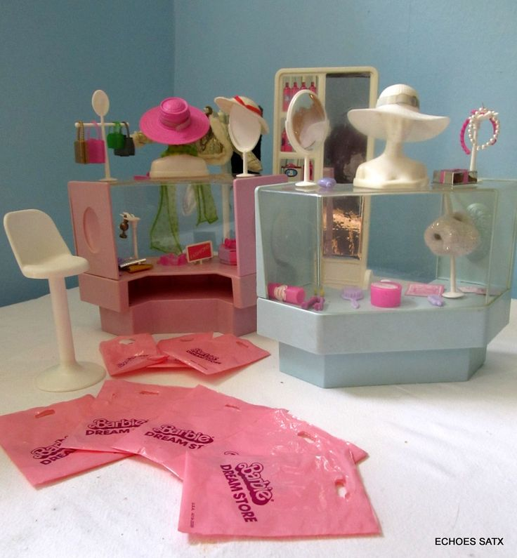 Mattel Barbie Dream Store 1982 Fashion Department Store #4022 I totally had this! It was so much fun to play with!