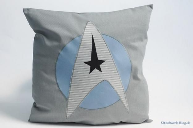 DIY, Star Trek Kissen, Pillow, Gratis Anleitung, Free Tutorial, Zimmer für Jungs, Room for boys, Present for Men, Geschenk für Männer, Freebook, nähen, sewing (Cool Crafts For Boys)