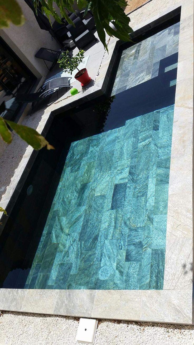 66 best carrelage piscine images on pinterest glass mosaic and room - Piscine naturelle ...