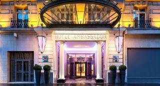 Hotel en el centro urbano de París