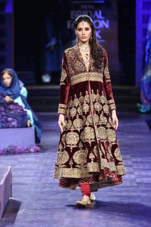 Valaya Nargis Fakhri