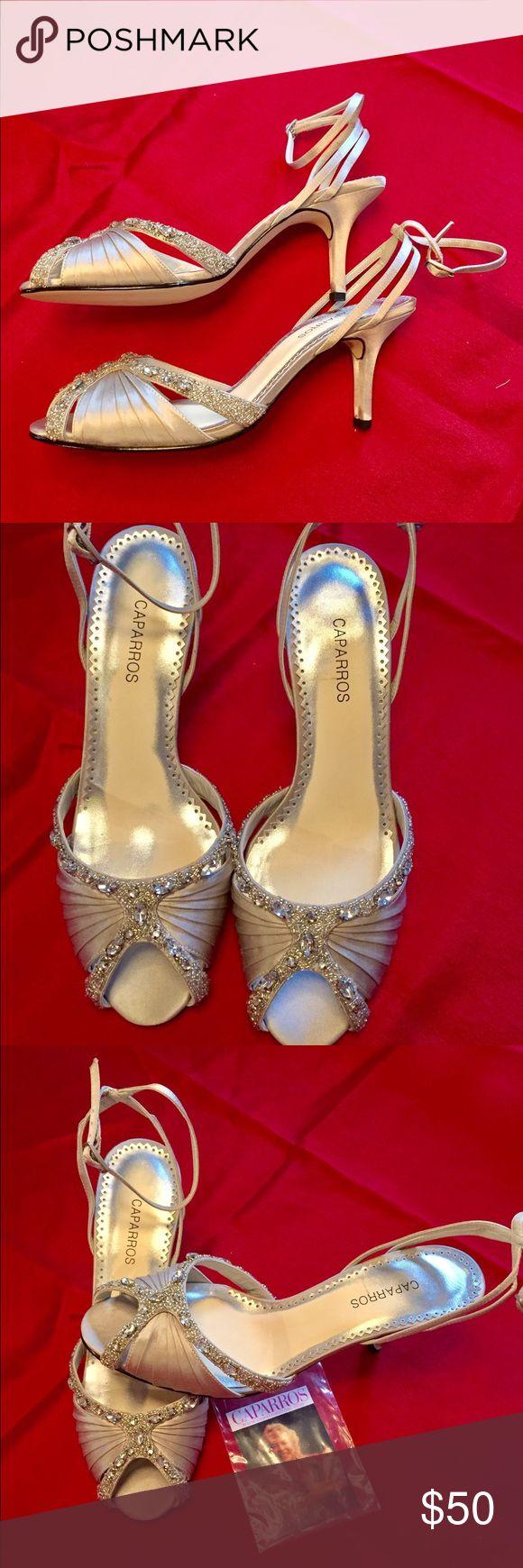 Gorgeous Caparros Sandals ❤❤ Beautiful Silver Sparkly Sandals from Caparros. Like New! Caparros Shoes Sandals