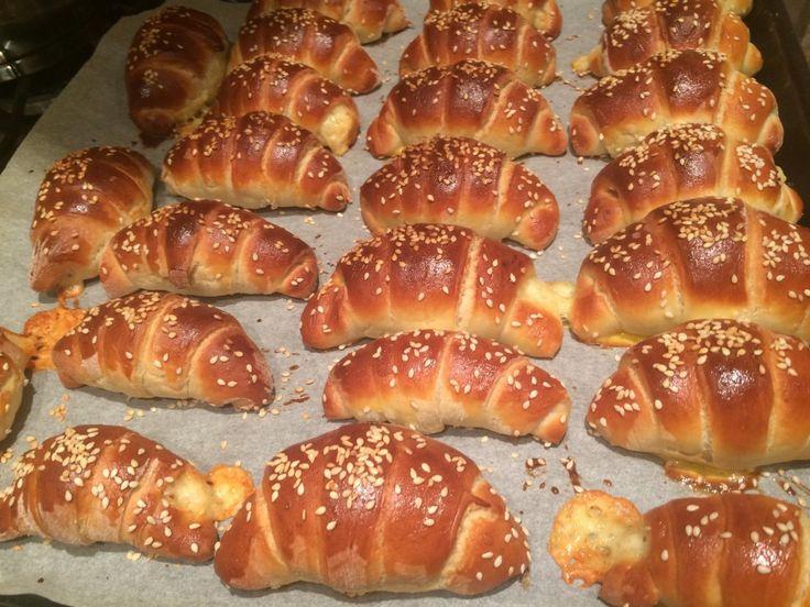 Sladké croissanty jsem tentokrát nahradila a připravila slané. I na těchto si mé…
