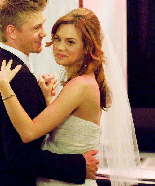 140 best Lucas and Peyton scott ♡♡♡♡ images on Pinterest ... Hilarie Burton Wedding Ring