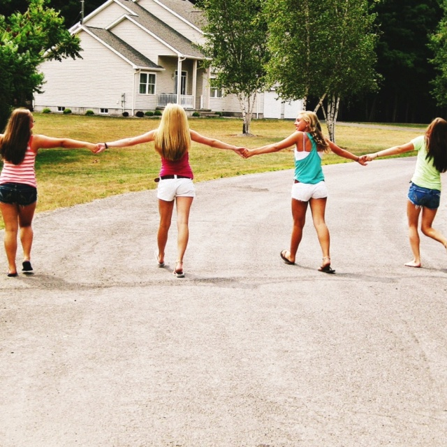 My group of friends has to do this  Summer Pic  Bestfriend Pic ⚓✌