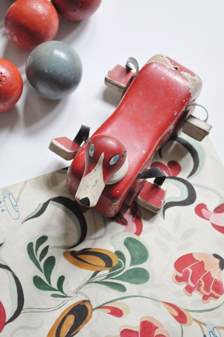 Le Vide Grenier d'une Parisienne : Joujou suédois,  Un Jouet Brio en bois, Made in Sweden, 23 cm de long, 14 cm de large et 13 cm de haut,