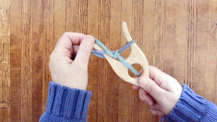 Lucet Tutorial - covers right and left-handed methods, stitch recovery, and how to finish off the end.  Stephen Willette Fiber Arts Tools.