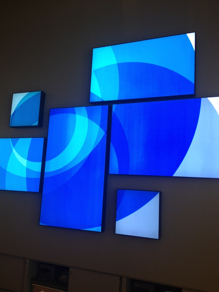 at store on michigan avenue in chicago planar mosaic tiled video wall http - Video Wall Design