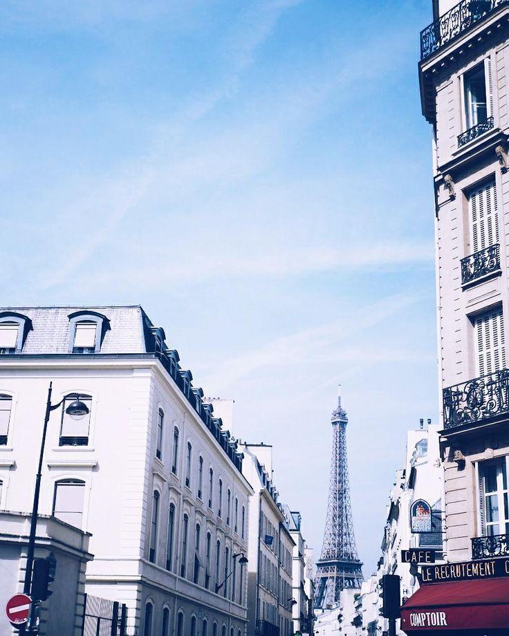 Dreaming of places far away . . . . . . . #travelfeaver #paris #france #eiffeltower #travel #exploring