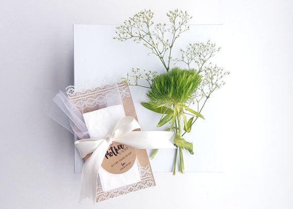 Handcrafted Свадебные Тканей - Свадебные сувениры - Слезы радости Тюль и кружева благосклонности - Свадебные Тканей - персонализированный Kleenex - подарок матери