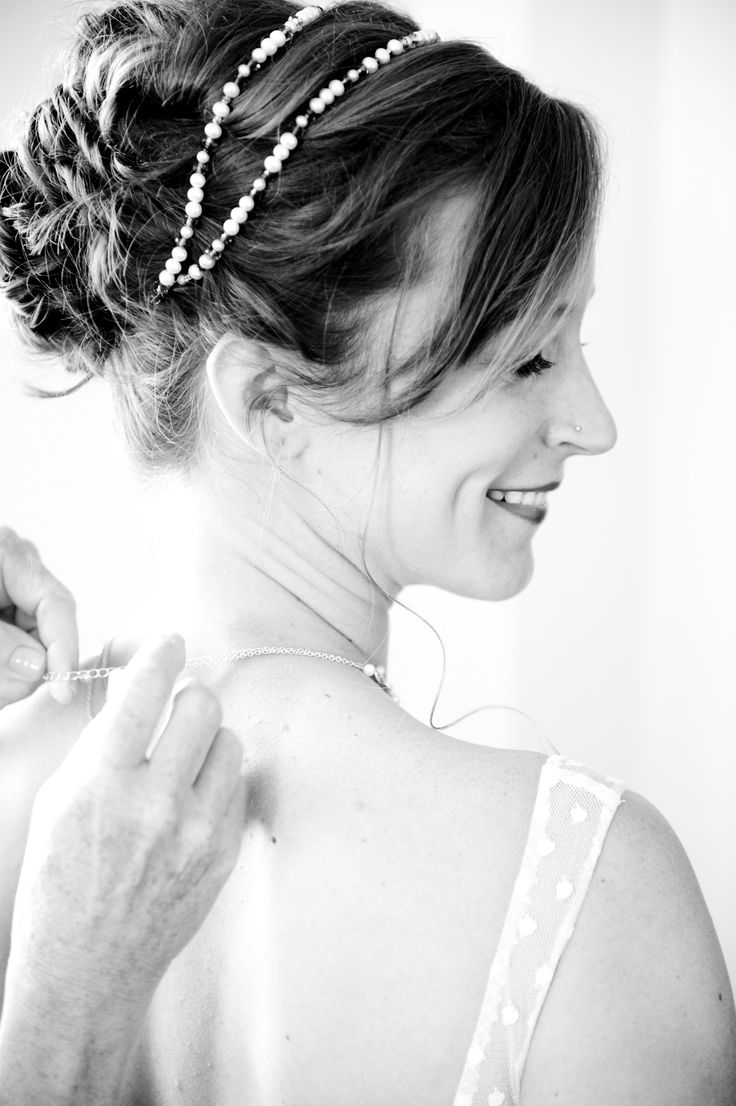 7 relaxed updo wedding hairstyle