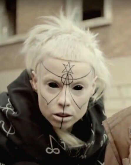 She is so beautiful.  Yolandi Visser with Pit Bull Terrier makeup.
