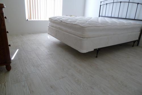 Montagna White Wash Tile Living Room