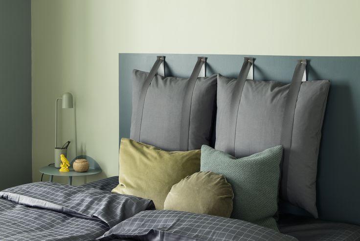 SENGEGAVL: Enhver seng fortjener en sengegavl. En rask og enkel løsning er å male rett på veggen. Heng gjerne opp puter for ekstra komfort!