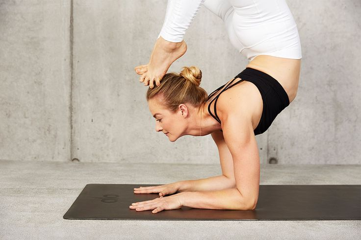 There's more to choosing your place of practice than you'd think. Before you buy the first yoga mat you see, have a read of this.