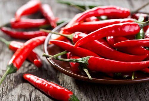 Le conserve: come conservare peperoncini piccanti peperoncino piccante