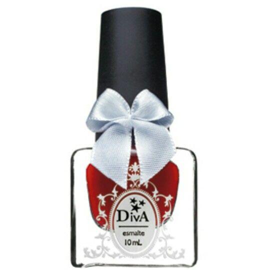 Conheça o esmalte com #pincel #achatado para facilitar a aplicação nas #unhas    Saiba mais: http://bit.ly/1yDlQvY    #manicure #pedicure #esmaltes #unhas #nails #nail