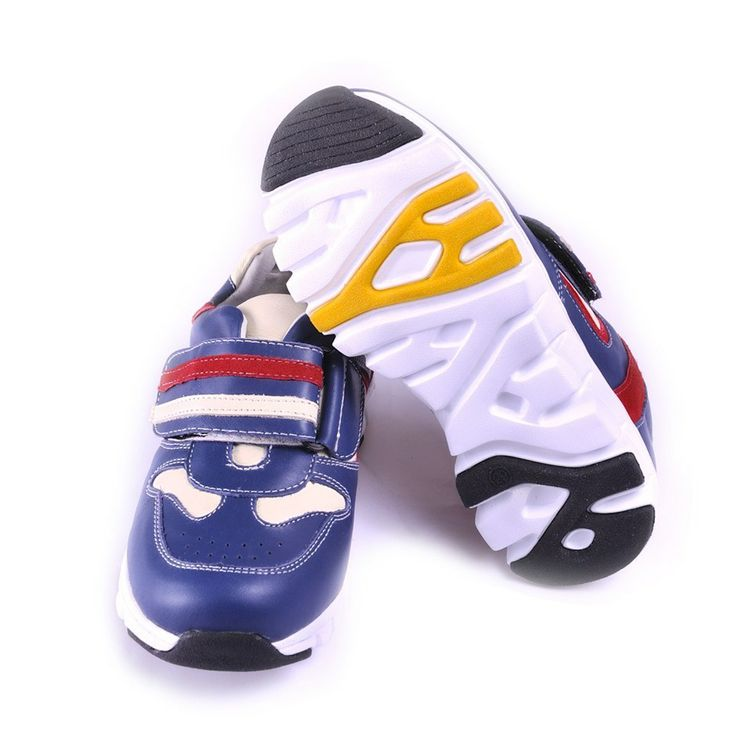 Track Runner Sneakers http://www.twolittlefeet.co.nz/baby-boy-soft-sole-shoes/sports-shoes/track-runner-shoes