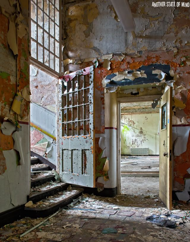 Beauty in decay - Old buildings had such character.