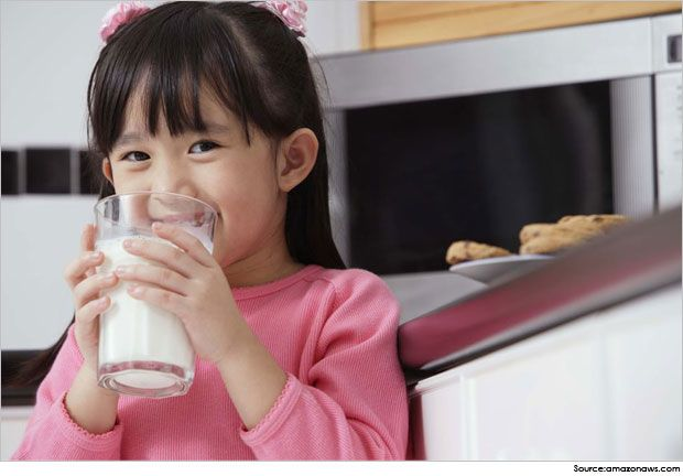 Milk-Nutrition-Facts-skim-milk-nutrition-fact