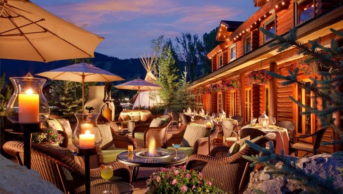 Rustic Inn: Rustic Inn's firepits allow you to enjoy the evenings outside, even when it gets chilly.